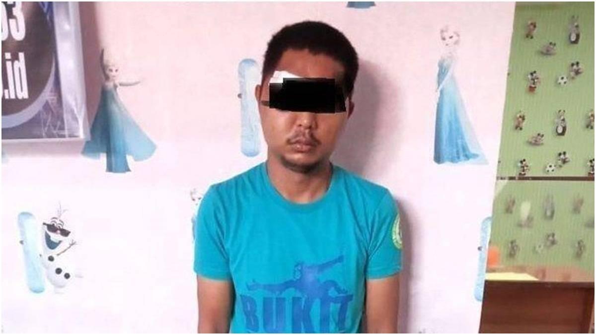 Cekricek.id - Seorang pria bernama Fahrizal ditangkap dan digebuki warga hingga babak belur karena telah mencabuli 3 gadis sekaligus.