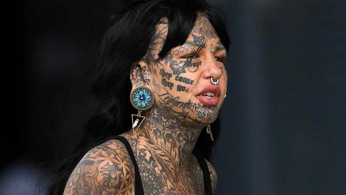 Inilah Gadis Naga Dengan Tato Di Sekujur Tubuh
