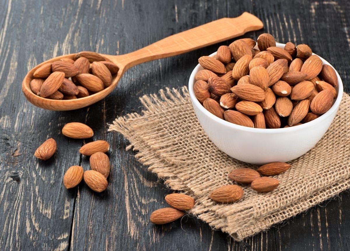 Berita terbaru hari ini: Cara Meredakan Batuk dengan Bahan Alami, Jeruk Nipis Hingga Kacang Almond